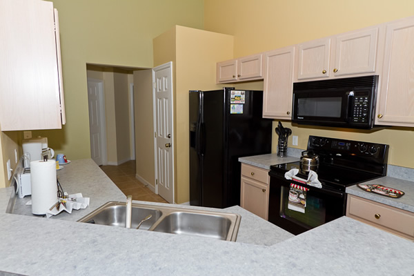 Kitchen with all Amenities 2